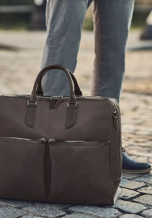 C3–4 Holdall Leather and nylon holdall