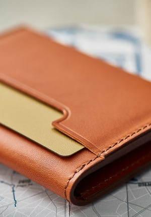 c398a68e8dec Men's Leather Wallets – Crafted with Precision | Carl Friedrik™