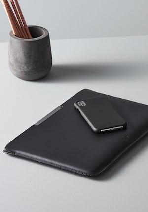 Walton MacBook Pro 15 Leather Macbook Pro sleeve